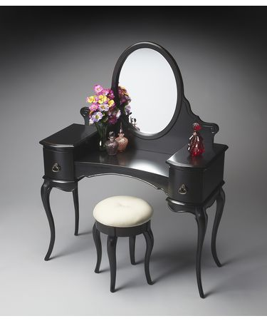 Shown in Black Licorice finish